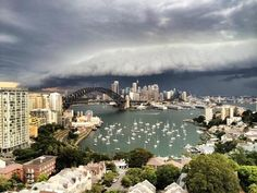 A huge storm has rolled over Sydney. | 19 Epic Pictures Of The Monster Thunderstorm That Shook Sydney