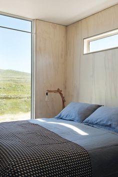 Home Interior Design — Campsite House in Scarborough {Nicolas Matheus} Plywood House, Plywood Walls, Apartment Bedroom Decor, Home Bedroom, Bedroom Signs, Bedroom Ideas, Bedroom Quotes, Bedroom Rustic, Plywood Interior