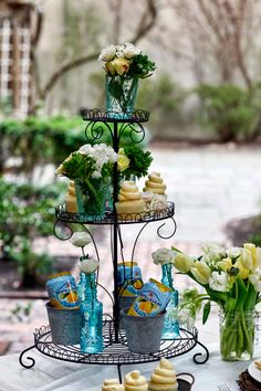 Tiered display- food and flowers~