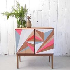 I've just found Geometric Painted Drinks Cabinet. Gold Flash A fabulous drinks cabinet in Teak. Hand painted with flashes of grey pink gold and pale blue. Decor, Painted Furniture, Upcycled Furniture, Drinks Cabinet, Home Decor, Paint Furniture, Furniture Inspiration, Furniture Makeover, Retro Furniture