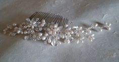 Hair comb. Bridal hair comb. Pearl Rhinestone by ShesAccessories