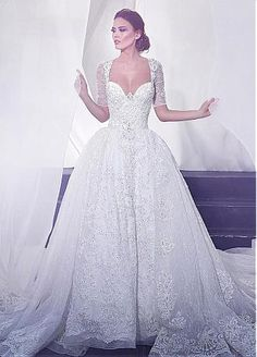 Fantastic Lace V-Neck Neckline Ball Gown Wedding Dresses With Lace Appliques