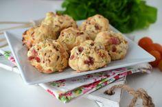 Biscuiti aperitiv cu bacon