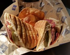 Double Clutch Stand: Miami Cubano. #Brewers