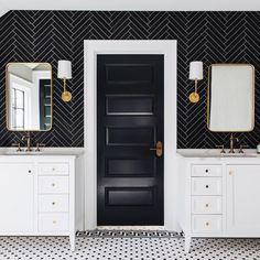 Top 70 Best Bathroom Backsplash Ideas - Sink Wall Designs Excellent Interior Ideas Black Herringbone Tile Master Bathroom Backsplash With White Vanity Bathroom Doors, Bathroom Interior, Bathroom Black, White Bathrooms, Neutral Bathroom, Luxury Bathrooms, Master Bathrooms, Dream Bathrooms, Contemporary Bathrooms