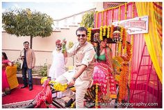 Groom and Bride exit ideas for Indian Weddings |The ultimate guide for the Indian Bride to plan her dream wedding. Witty Vows shares things no one tells brides, covers real weddings, ideas, inspirations, design trends and the right vendors, candid photographers etc.| #bridsmaids #inspiration #IndianWedding | Curated by #WittyVows - Things no one tells Brides | www.wittyvows.com