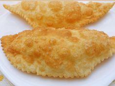 Kolay Çiğ Börek Tarifi ve Yapılışı | Kadınlara Öneriler Food And Drink, Ethnic Recipes, Tiramisu, Tiramisu Cake