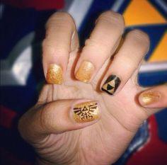 Geeky Zelda nails