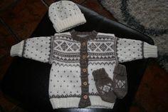 Baby sett. Sweaters, Baby, Fashion, Moda, Fashion Styles, Sweater, Baby Humor, Fashion Illustrations, Infant