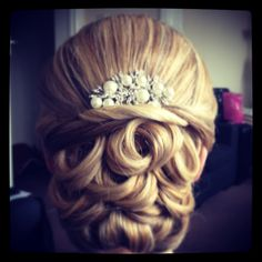 Bridal hair up x