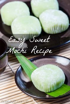 Check out this Easy Sweet Mochi Recipe! The recipe below will bring you step by step into preparing your very own Mochi dough! Check out this Easy Sweet Mochi Recipe! The recipe below will bring you step by step into preparing your very own Mochi dough! Asian Desserts, Asian Recipes, Sweet Recipes, Easy Japanese Recipes, Japanese Mochi Recipe, Sushi Recipes, French Recipes, Mexican Recipes, Green Tea Recipes