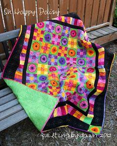 Gergera daisy quilt - quiltingbydawn: Bloggers' Quilt Festival