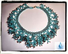 Coral technique from Varvara...  beautiful necklace and easy to do...