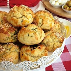How about a dilled pastry recipe with dill. You can make a nice presentation with its practical and delicious production. Dill Recipes, Donut Recipes, Pastry Recipes, Cake Recipes, Dessert Recipes, Desserts, Sully Cake, Beef Pies, Cakes Plus