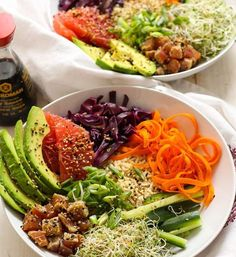 25 Delicious Easy Poke Bowls - This Tiny Blue House Are looking for some delicious, gorgeous and easy Poke bowl inspiration? Here are over 20 crazy delicious poke bowls that offer up a healthy meal in a snap. Tuna Recipes, Seafood Recipes, Asian Recipes, Whole Food Recipes, Cooking Recipes, Healthy Recipes, Ahi Tuna Recipe, Dinner Recipes, Healthy Meals
