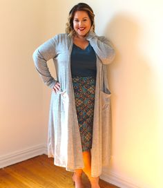 You guys know I like to bring you brands you may not know about that offer  plus size clothing. Now I know most of you have seen invites on Facebook  for LuLaRoe. I did too and totally disregarded them. Come to find out  they carry plus size! I worked with Tanya who is a LuLa Roe rep to come up  with a look that worked great for me. Check out her facebook for more  info!  This fall look is totally cute. You already know I live for a high waisted  skirt I'm loving the jewel tones and…