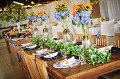 linda a mesa e a decoração