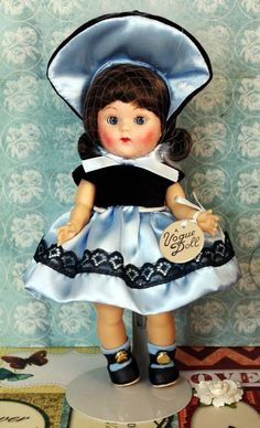 Vogue Vintage Reproduction ~Blue Satin Sweetheart~ Ginny DoLL 2008 Members Only #DollswithClothingAccessories