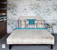 Mała sypialnia dla gości, styl glamour - zdjęcie od Decodore