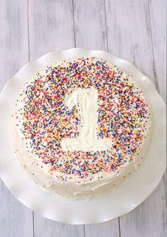 Ein Zuckerfreier Babykuchen Zum 1 Geburtstag Littleyears