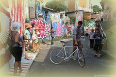Você conhece sua cidade? Gosta de arte urbana? Quer conhecer gente nova?