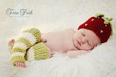 CROCHET PATTERN Strawberry Shortcake Beanie & Leg Warmers (4 sizes included: newborn-3 years) Permission to sell finished items