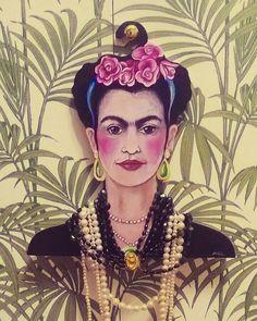 Clothes hangers.  Frida