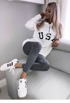 Cool 46 Cute Sporty Outfits Ideas Try This Fall Outfits 46 Cute Sporty Outfits Ideas Try This Fall Cute Sporty Outfits, Comfy Fall Outfits, Cute Sweater Outfits, Cute Summer Outfits, Sport Outfits, Casual Outfits, Comfy Outfit, Sporty Clothes, Teen Outfits