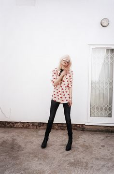 Alison Mosshart from the Kills | Wondering where we can get a heart-printed button up