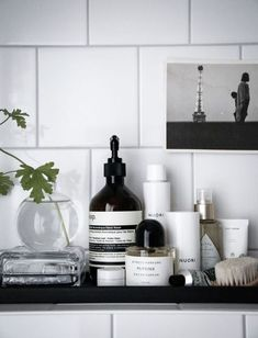 The Latest Bathroom Design Trends are Functional and Fantastic - bathroom Bathroom Furniture, Bathroom Interior, Interior Design Living Room, Living Room Decor, Serene Bathroom, Master Bathroom, Rental Bathroom, Interior Livingroom, Budget Bathroom