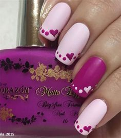 Discover cute and easy nail art designs for all occasions. Find inspiration for Easter, Halloween and Christmas and create your next nail art design. Fancy Nails, Trendy Nails, Cute Nails, Valentine's Day Nail Designs, Simple Nail Art Designs, Nails Design, Heart Nail Designs, Heart Nail Art, Heart Nails