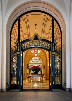 Front Door of Palace Hotel, San Francisco. Very Grand Entrance