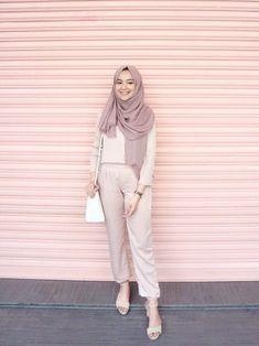 25 Ideas For Fashion Outfits Hijab Casual Modern Hijab Fashion, Street Hijab Fashion, Hijab Fashion Inspiration, Muslim Fashion, Modest Fashion, Look Fashion, Trendy Fashion, Korean Fashion, Fashion Outfits