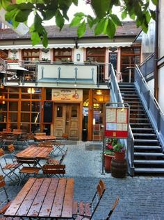 Schloderer Brau in Amberg has its own copper micro brewery inside along with some tasty food options.