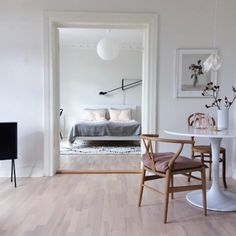 Lovely home in grey, white & pink @scandinavianlovesong