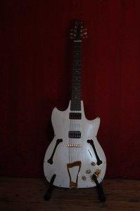 guitare quart de caisse