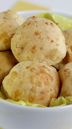 Cheese Bread Bread bites featuring an unexpected ingredient Tasty Videos, Food Videos, Bread Recipes, Cooking Recipes, Breakfast Recipes, Dessert Recipes, Bread Baking, Love Food, Food And Drink