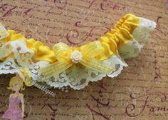 Garter Disney Garter Belle Garter set Beauty and the Beast wedding garter lace satin Princess bow yellow cute playful costume Halloween prom...