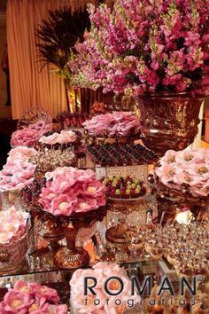 Dahlia Wedding Bouquets, Wedding Flowers, Cake Table, Dessert Table, Wedding Desserts, Wedding Decorations, Elegant Wedding Colors, Romantic Shabby Chic, Elegant Centerpieces