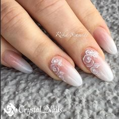 Nail art Christmas - the festive spirit on the nails. Over 70 creative ideas and tutorials - My Nails Bridal Nails Designs, Gel Nail Designs, Bride Nails, Wedding Nails, Nagel Hacks, Classic Nails, Crystal Nails, Purple Nails, Flower Nails
