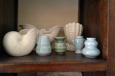 New Zealand Crown Lynn Vases Interior Ideas, Interior Design, Purple Rooms, Kiwiana, Swedish Design, White Vases, Vintage China, Ceramic Pottery, Design Art