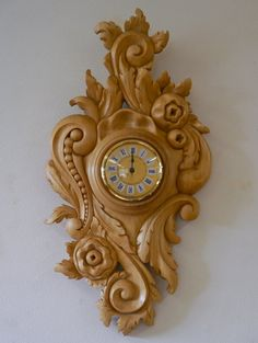 Rococo Style Clock by ~lizzy-lizzy on deviantART Wood Carving Patterns, Carving Designs, Wood Clocks, Antique Clocks, Classic Clocks, Chip Carving, Clock Art, Rococo Style, Wooden Crates