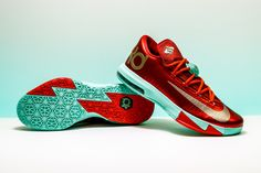 55805ca8f574be Take a trip back to 2013 with the festive Christmas-edition Nike KD 6. Stadium  Goods