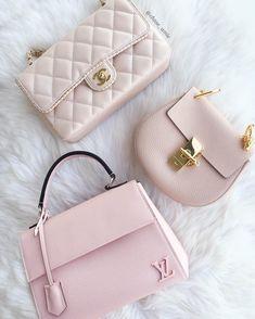 Louis Vuitton Monogram Canvas Speedy 25 Purse Handbag – The Fashion Mart Prada Handbags, Coach Handbags, Fashion Handbags, Purses And Handbags, Fashion Bags, Leather Handbags, Fashion Accessories, Louis Vuitton Handbags, Cheap Handbags