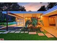 Iconic World Class Architectural estate - The Singleton House, Richard Neutra, 1959. Kurt Rappaport, Westside Estate Agency Inc. Pinned by Secret Design Studio, Melbourne. www.secretdesigns...