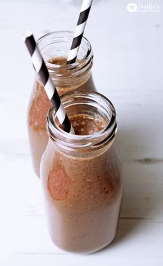 Healthy-Chocolate-Banana-Smoothie