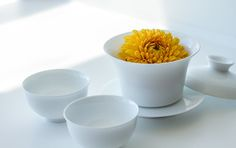 The Tea Squirrel  Gaiwan, tea cups and flowers