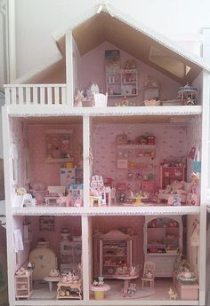 The shabby dollhouse | Flickr - Photo Sharing!