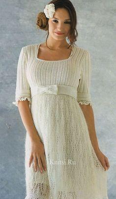 Вязаное нежное ажурное платье