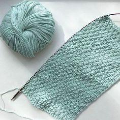 Tunisian Crochet Stitches, Crochet Granny, Knit Crochet, Crochet Hats, Yarn Crafts, Knitted Hats, Knitwear, Instagram Images, Knitting